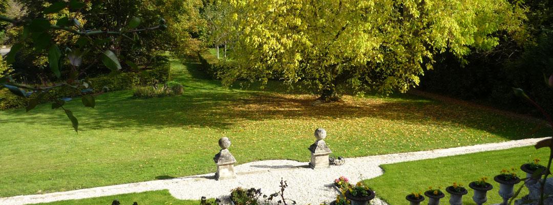 argentenay, Chambre d'hôte, le jardin en automne