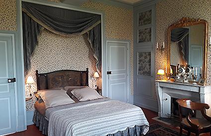 argentenay, chambre d'hôtes, la chambre de louise, le lit 160x200